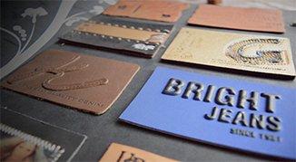deri etiket- metalli deri etiket- kabartmalı etiket- kabartmalı deri etiket- deri etiket modeli- deri etiket imalatı